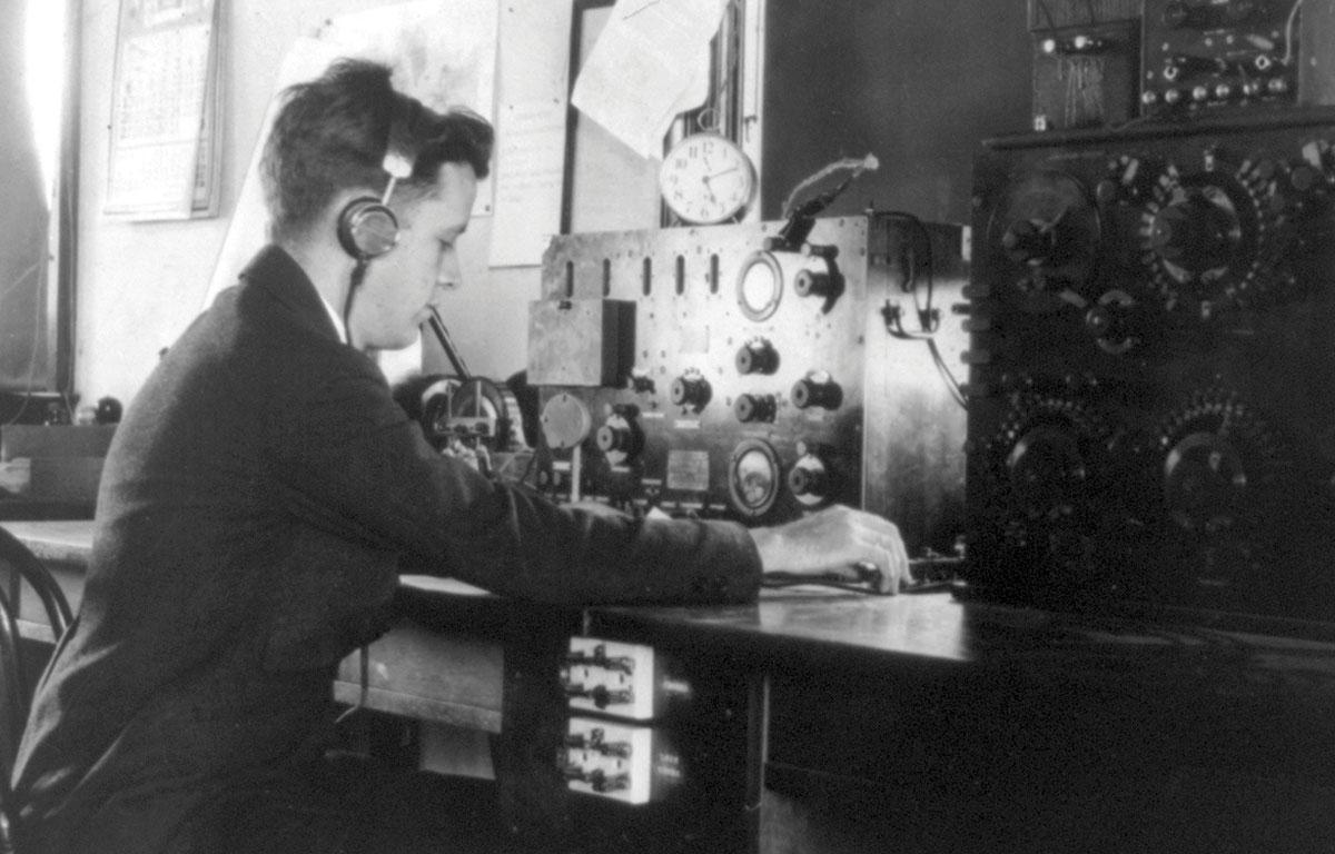 Leonard Clippard, 1930 - Radio